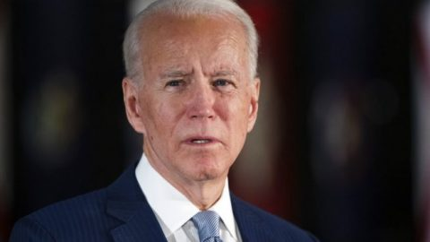 Joe Biden dismisses dementia concerns & internet memes amid latest gaffe