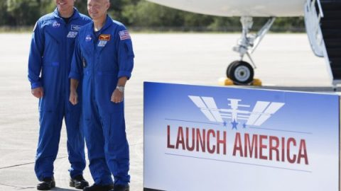 NASA astronauts preparing for historic SpaceX test flight, 'Launch America' set for May 27th