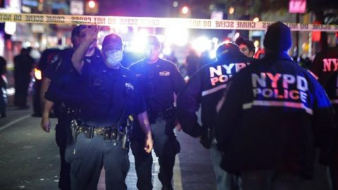 Man suspected of ambushing 3 NYPD officers may have ties to ISIS