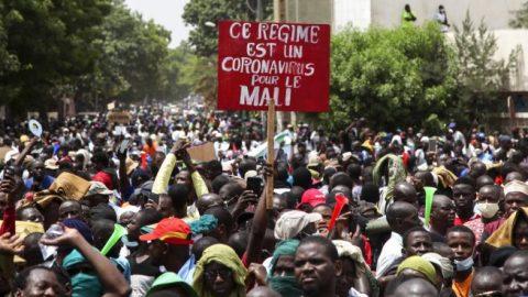 Tens of thousands in Mali protest, demanding President Ibrahim Boubacar Keïta resign