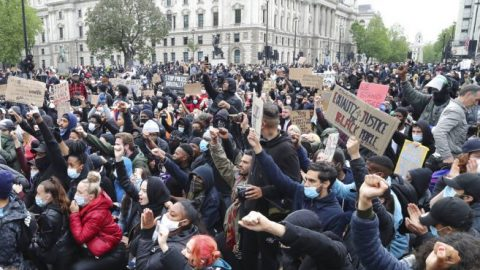 Countries around the world join in anti-police brutality demonstrations