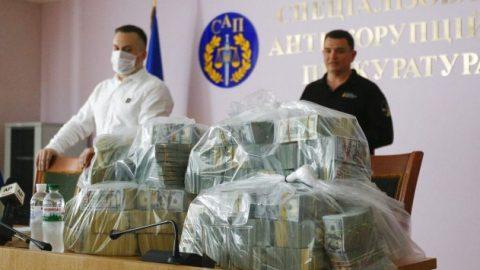 Ukraine Anti-Corruption Bureau seizes $6M bribe