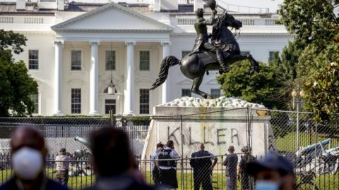President Trump to sign executive order protecting historical monuments and statues