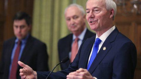 Ark. governor calls states' mandatory quarantine 'understandable'
