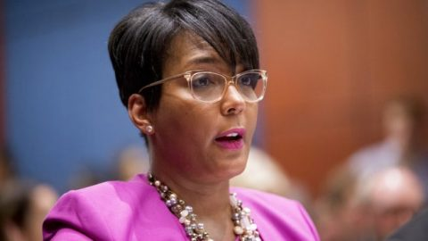 Atlanta mayor tests positive for COVID-19
