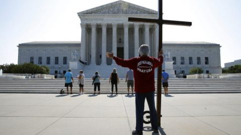 Supreme Court rules in favor of religious liberty in 2 landmark cases