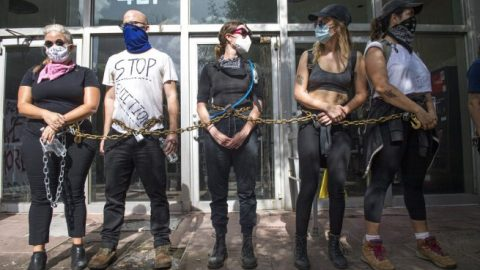 Anti-eviction protesters block entrance to New Orleans City Court