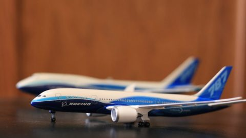Boeing Executive Cancelled Over Decades Old Article On Women