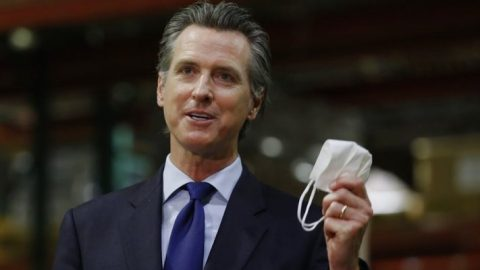 Gov. Newsom says Calif. weekly Covid-19 case average decreasing